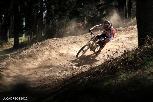 peed, berms, dust, light. Alberto
