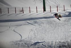 Alex Stuart in action al Magnola Snowpark di Ovindoli